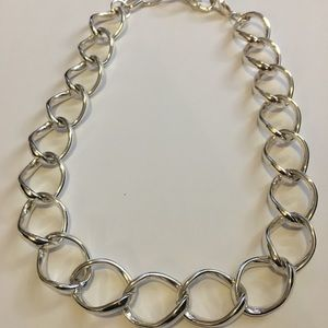Jewelry - ⭐️ 3 for $10 - Large silver colored chain necklace